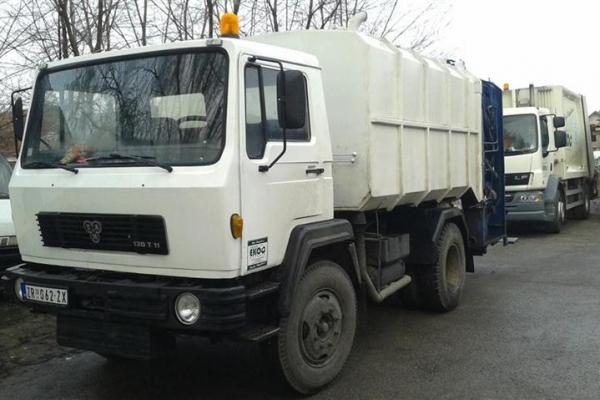 kamion-smecar-25EFE2C3F-A25C-0C87-CD86-B377F1178DE6.jpg